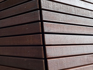 Western Red Cedar open gevel behandeld detail